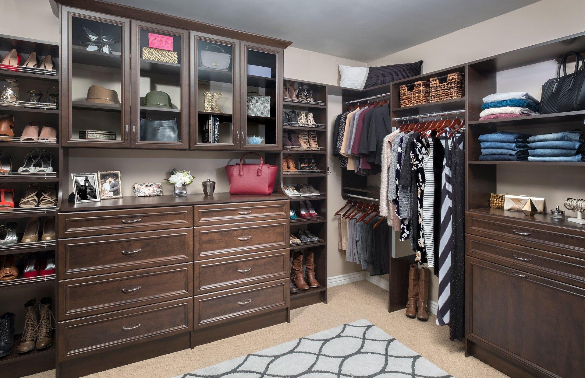 How To Design Closet Corners Straight Vs Curved