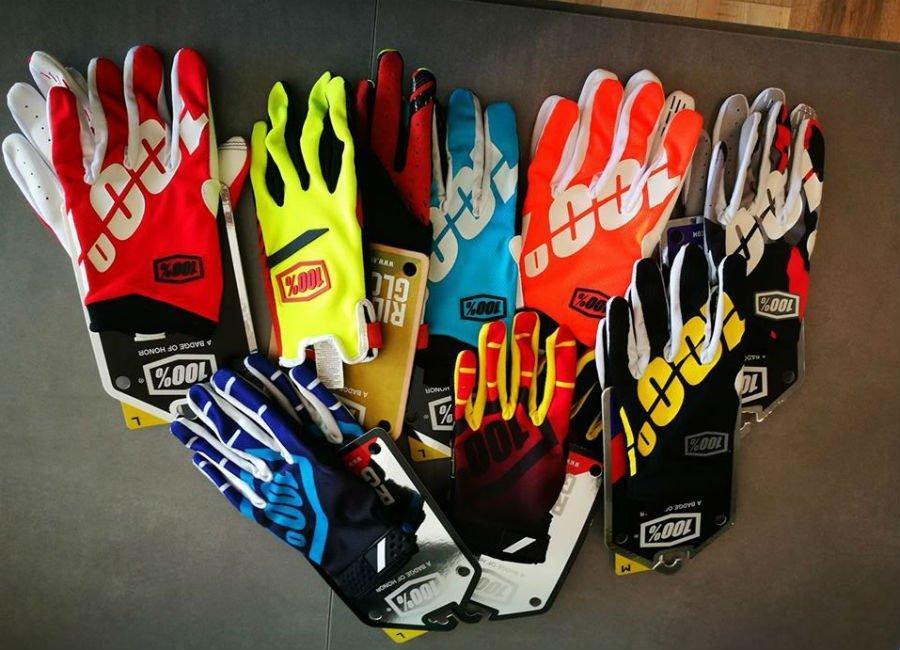 dei guanti da ciclismo