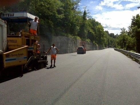 asfaltatura strade, asfaltatura autostrade, lavori stradali