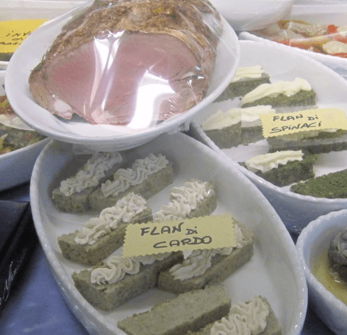Gastronomia e pasta fresca a Cavout Torino Flan bancone