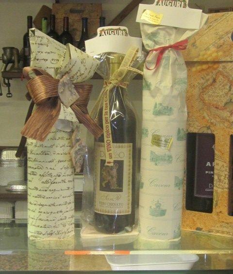 Liquori e olio in vendita al negozio Gastronomia e Pasta fresca di Cavour