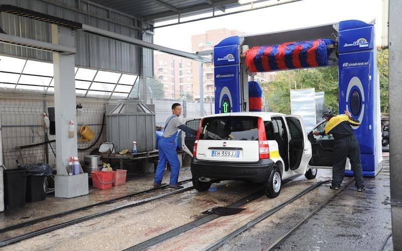 servizio di lavaggio auto