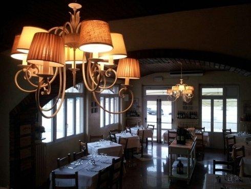 ampia sala ristorante, prodotti tipici toscani, bistecca alla fiorentina