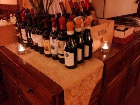 vini rossi e bianchi, produzione propria, cucina tradizione toscana