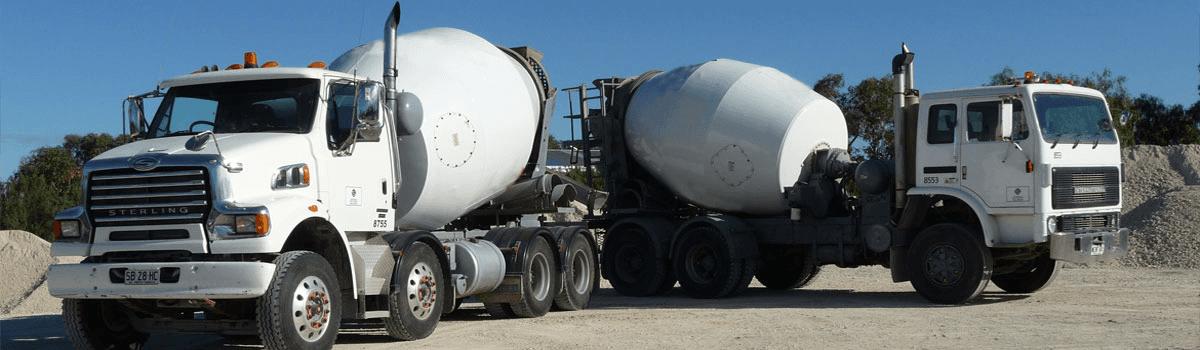 Bordertown-stone-supplies-two-trucks1