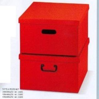 scatole di cartone rosso