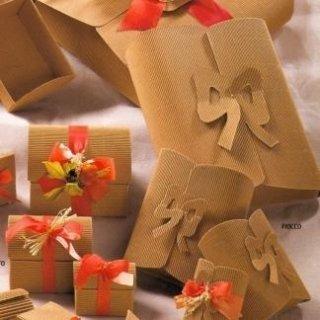 scatole regalo di cartone
