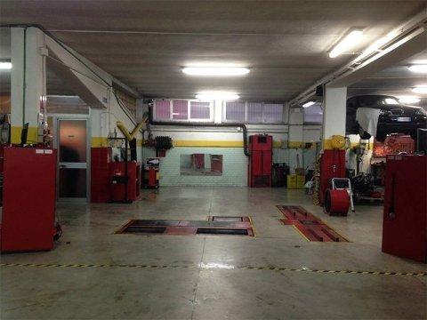 Centro Revisioni Garage Vittoria