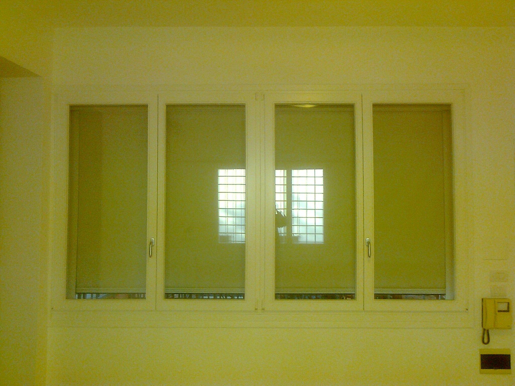 Finestra interna a parete