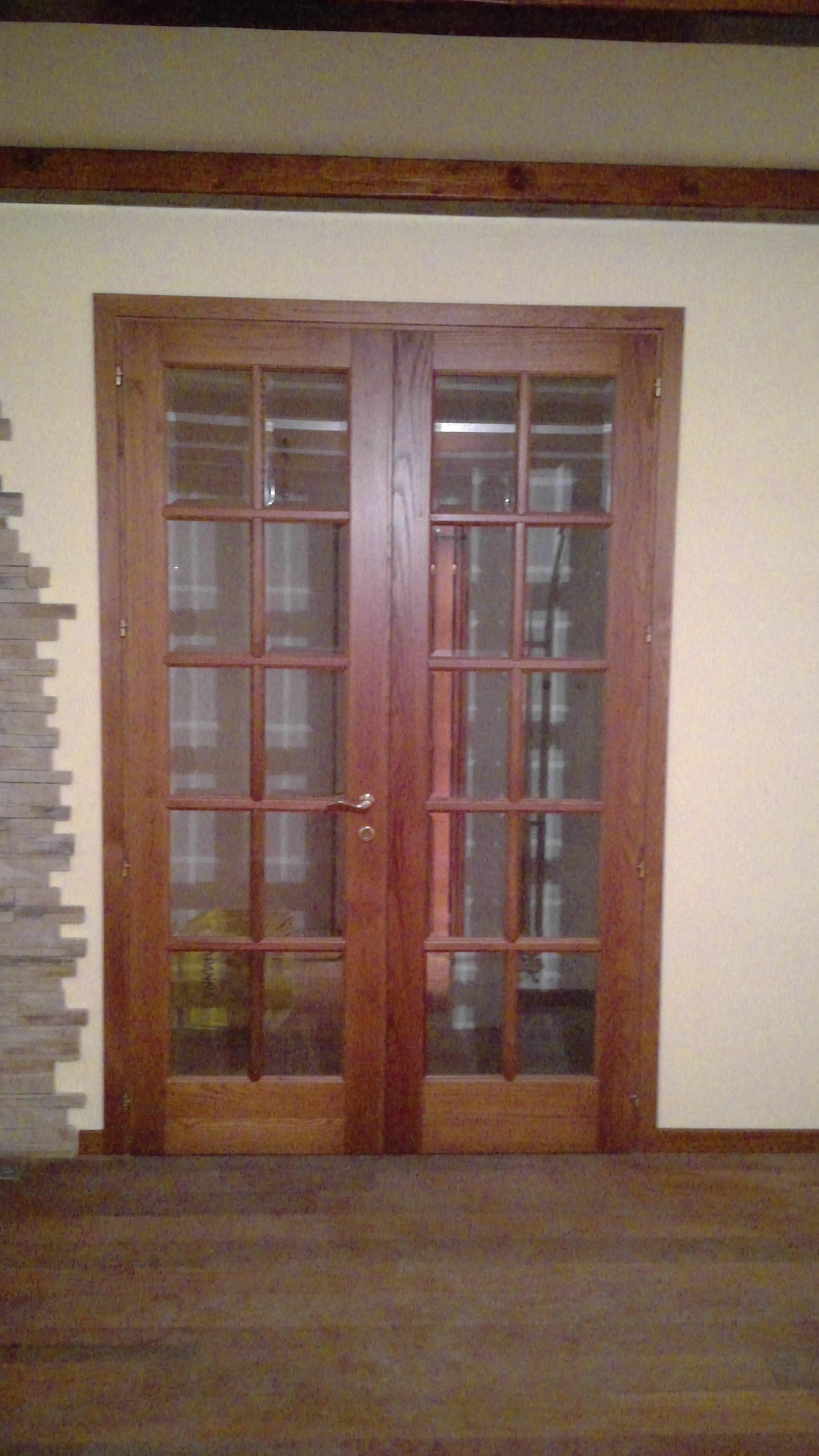 Porte finestre a vetri in legno