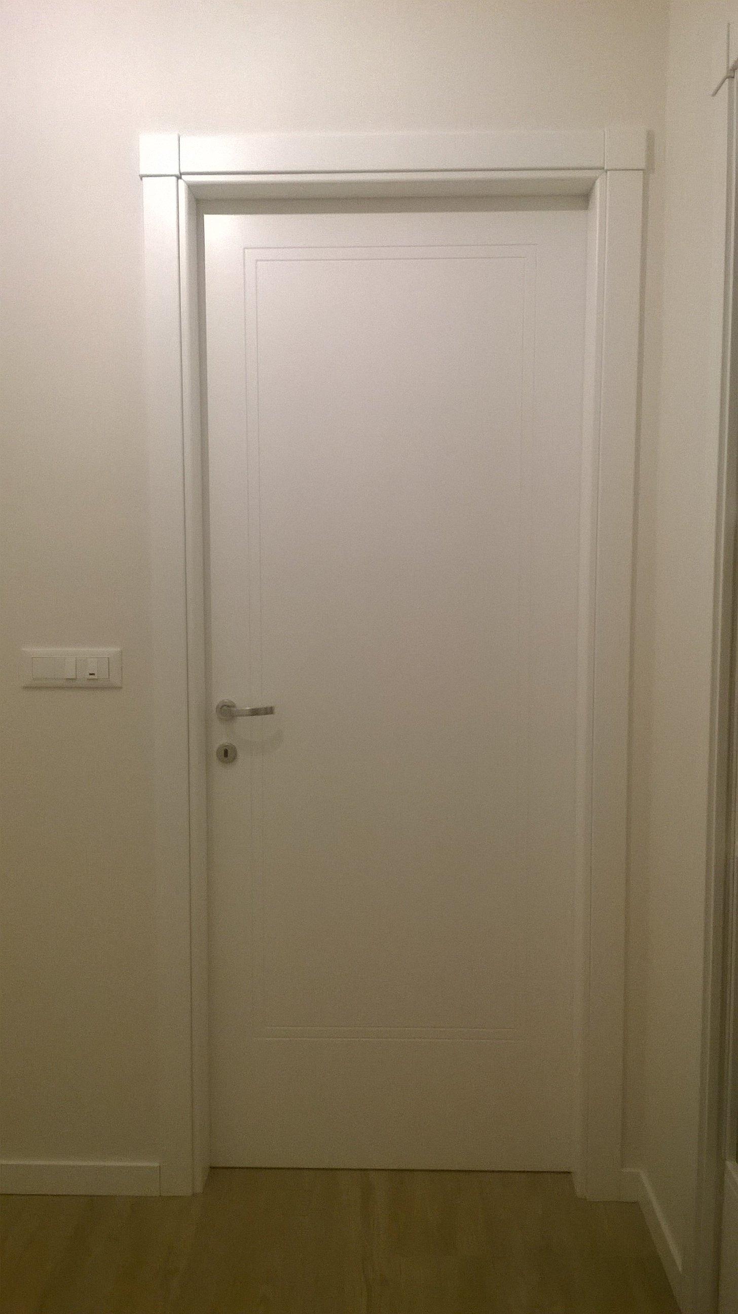 Porta interna semplice bianca