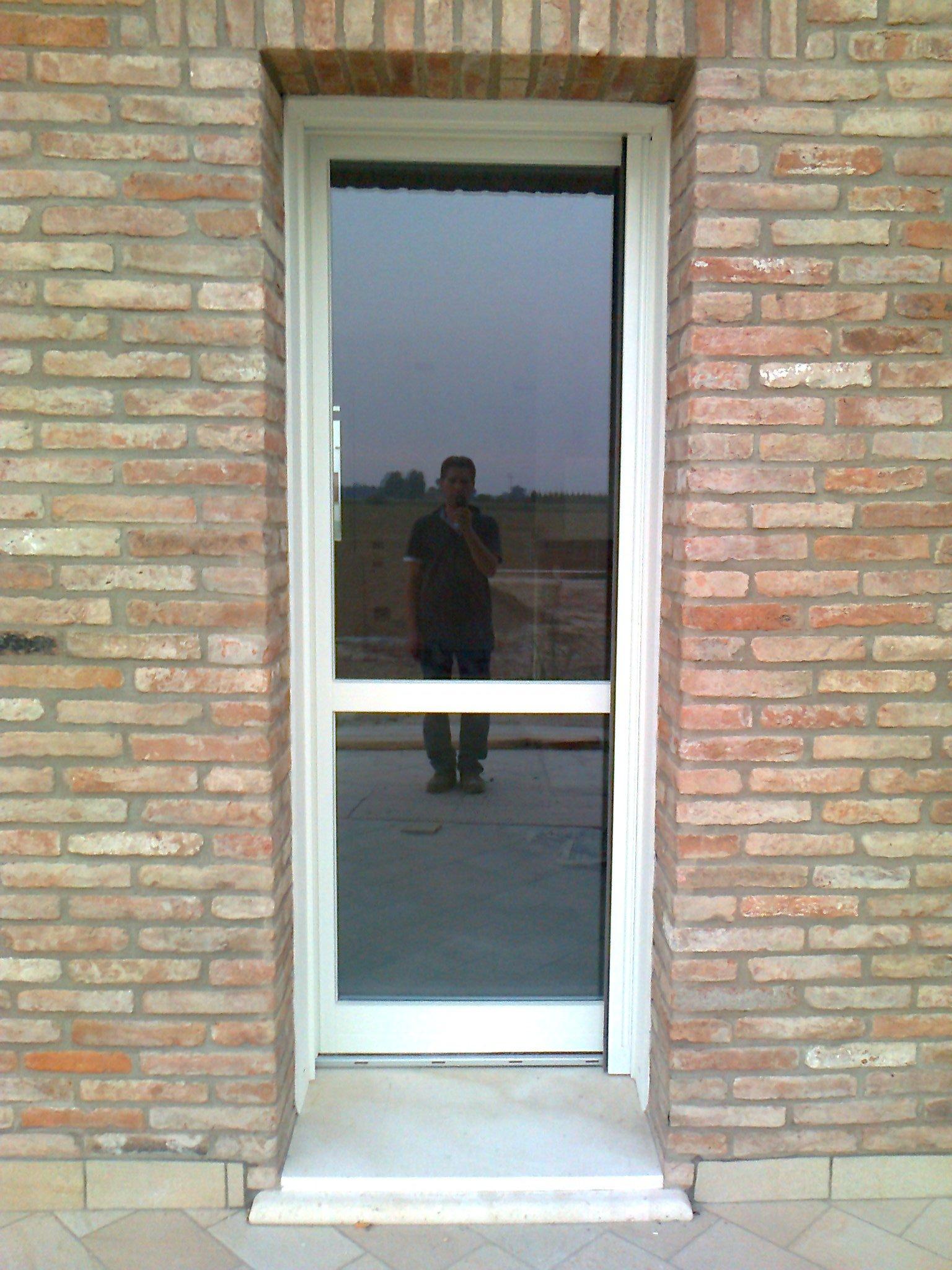 Porta a vetri esterna