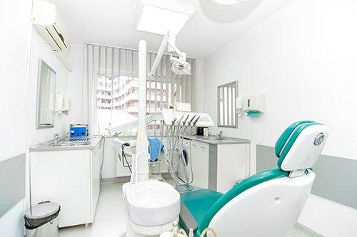 Interno di una sala odontoiatrica