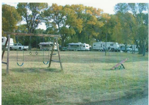 Mogote Meadow Cabins & RV Park kid play area