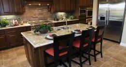 preventivi restauro mobili, preventivi riparazioni infissi, preventivi sostituzioni top cucine