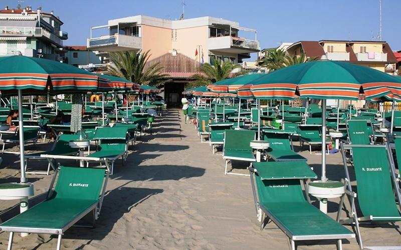 Residence con spiaggia attrezzata