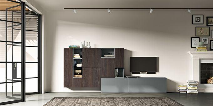 un mobile tv di color grigio e una libreria di color marrone