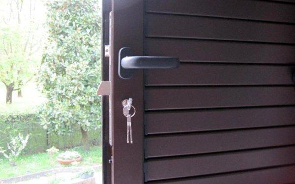 Porte blindate mascalucia catania strano serramenti - Porte blindate catania ...