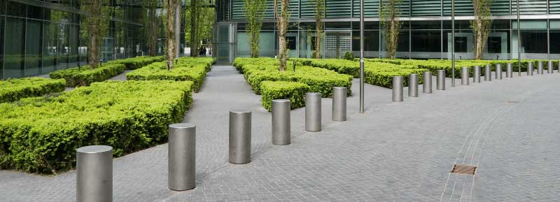 Chosing the perfect commercial landscaper for your commercial property | Grounds Maintenance by Valley Landscape Mangement
