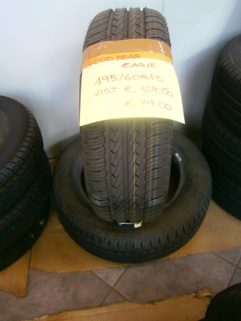 gomme nuove good year eagle 195/60RR15
