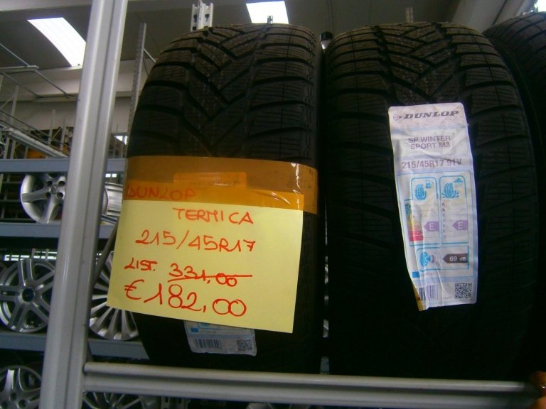 gomme nuove dunlop termiche 215/45R17