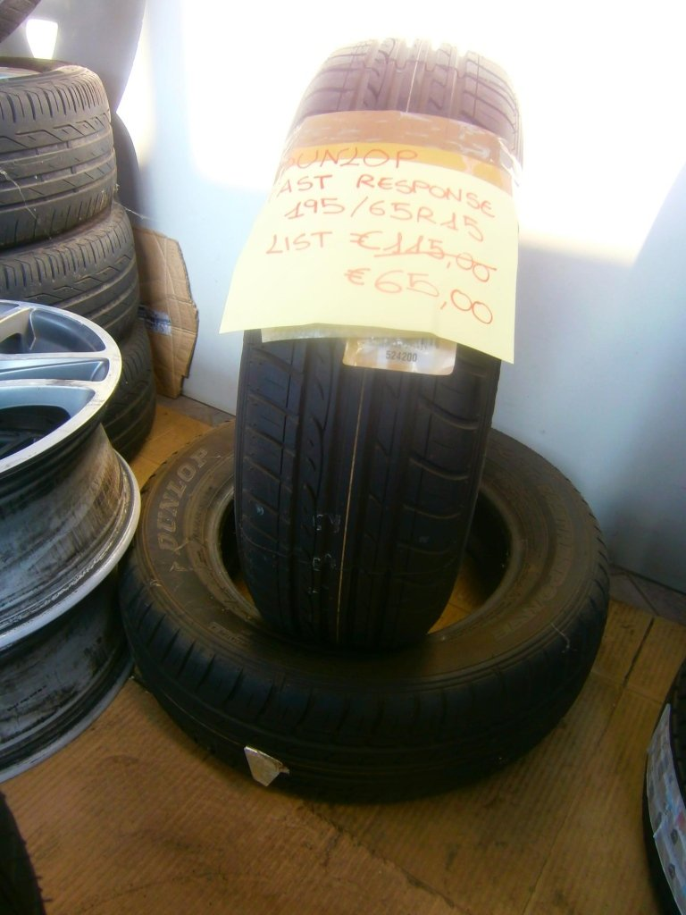 gomme nuove dunlop fast response 195/65R15