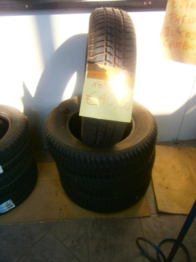 gomme nuove riken 185/70R14
