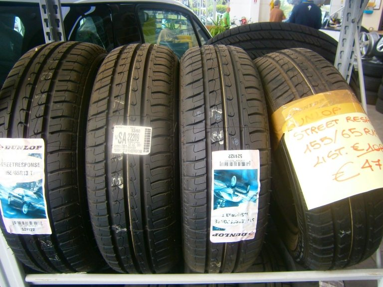 gomme nuove dunlop street response  15/65R13