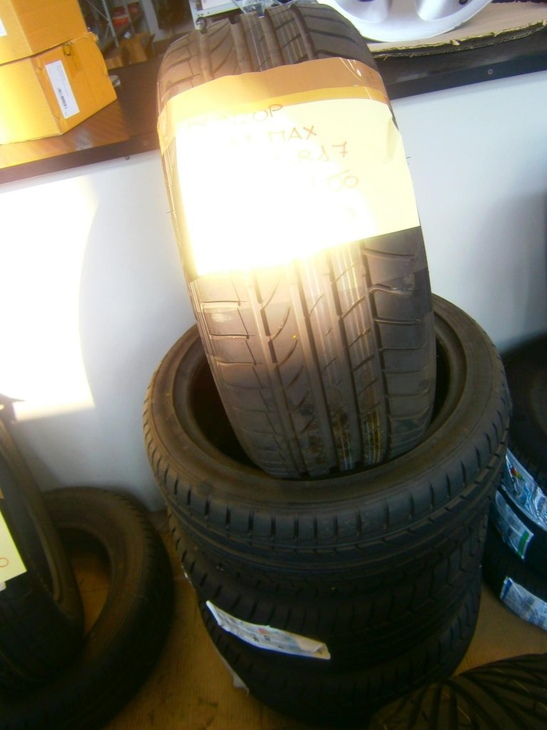 gomme nuove dunlop sportmax 215/45R17