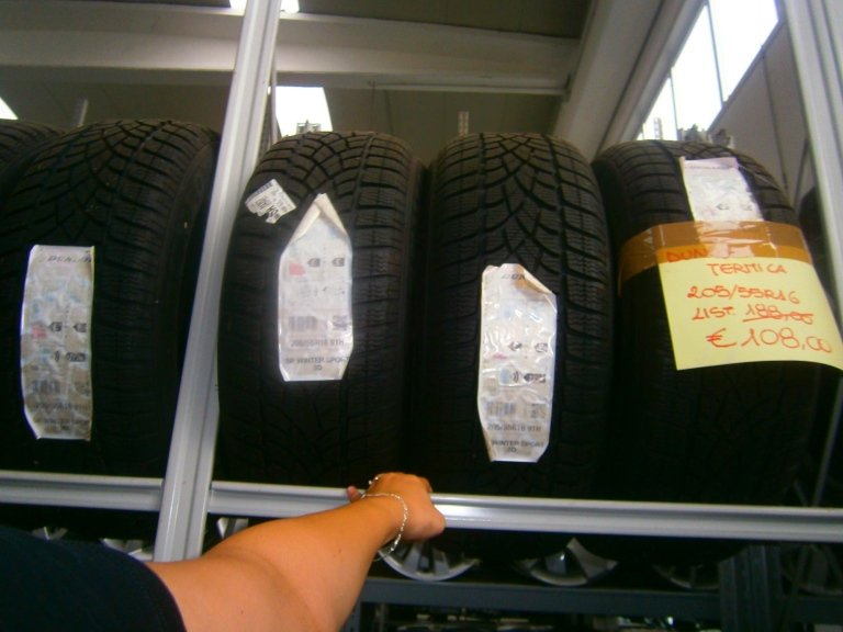 gomme nuove dunlop termiche 205/55R16