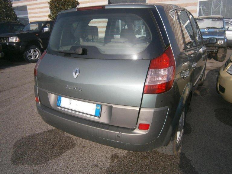 renault scenic del 2004 1.9 diesel lato posteriore dx