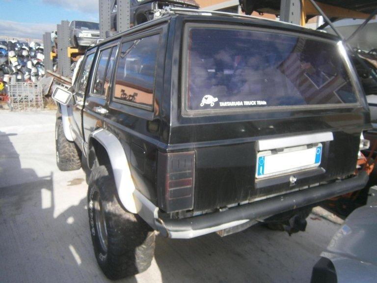 jeep cherokee del 1988 2.1 diesel usata posteriore sx