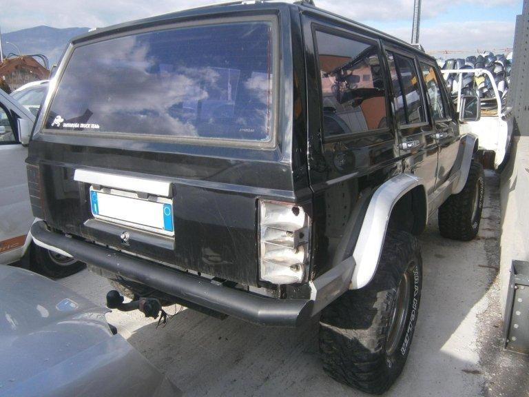 jeep cherokee del 1988 2.1 diesel usata posteriore dx