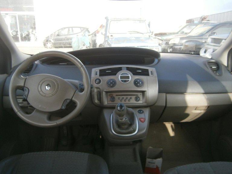 volante renault scenic del 2004 1.9 diesel