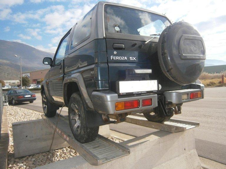 daihatsu feroza del 1998 1.6 benzina posteriore sx