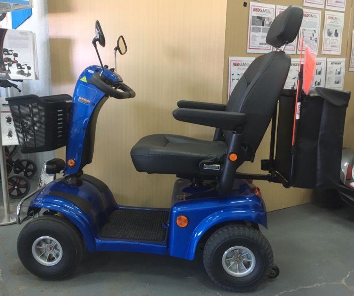Shoprider Allrounder $3100, warranty, Near new scooter