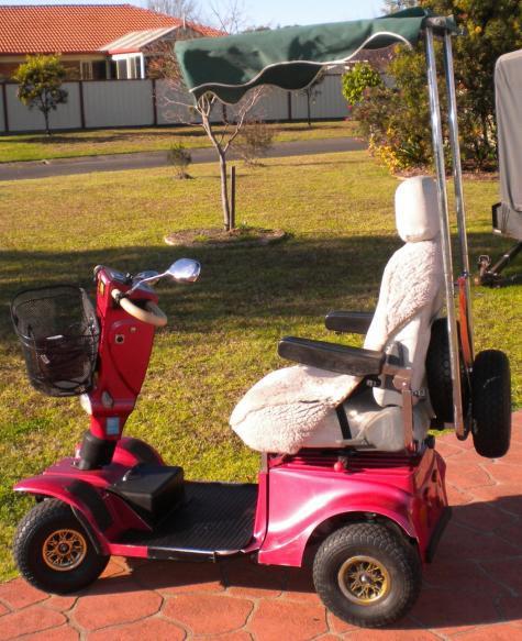 Budget scooter, cheap scooter, Lotus blake Montana, Estee,