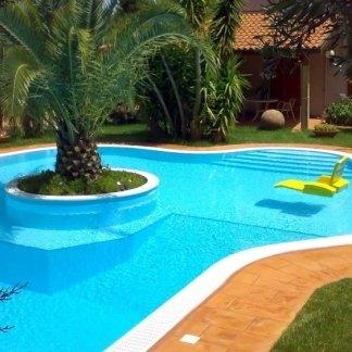 piscine bordo sfioro, skimmer