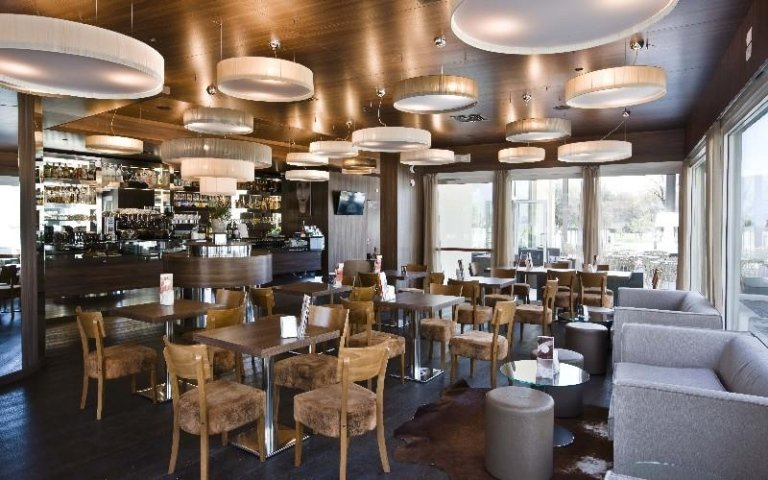 Tavoli ristorante Dibieffe srl