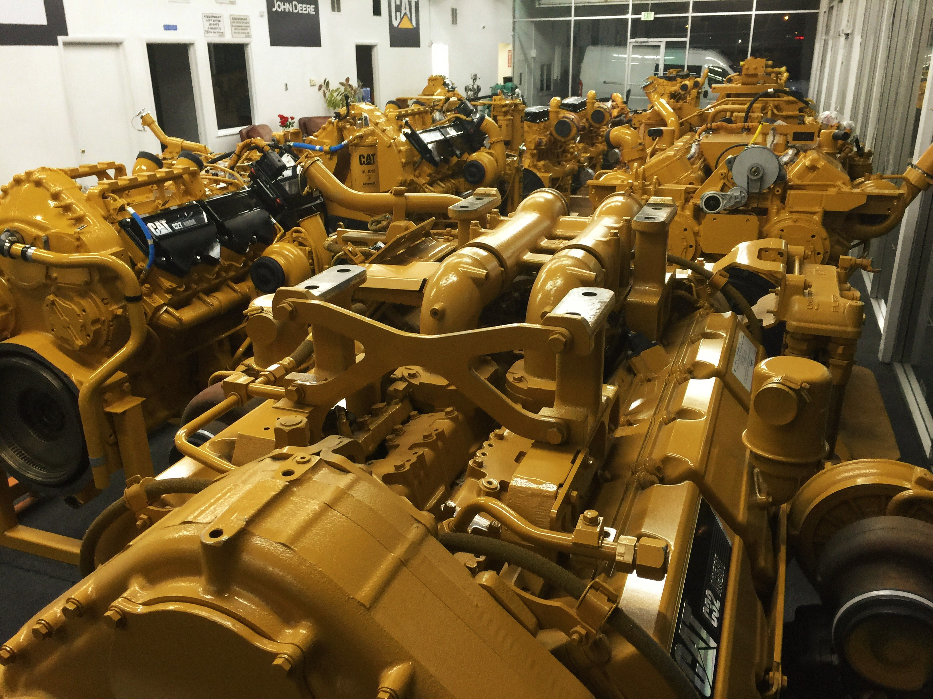 Cat engines / Caterpillar motors for sale and exchange