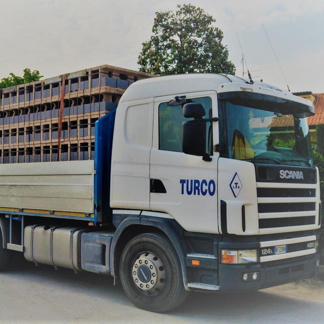 Servizio a domicilio di trasporto di Materiali Edilizia Turco a Albaredo D'Adige