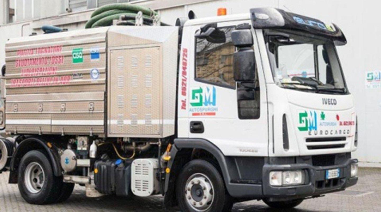 Camion dell'azienda G.M. srl