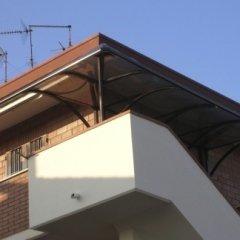 Pensiline in alluminio e policarbonato per copertura scale