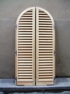 persiane, produzione mobili in legno, mobili artigianali, mobili antichi, falegnameria