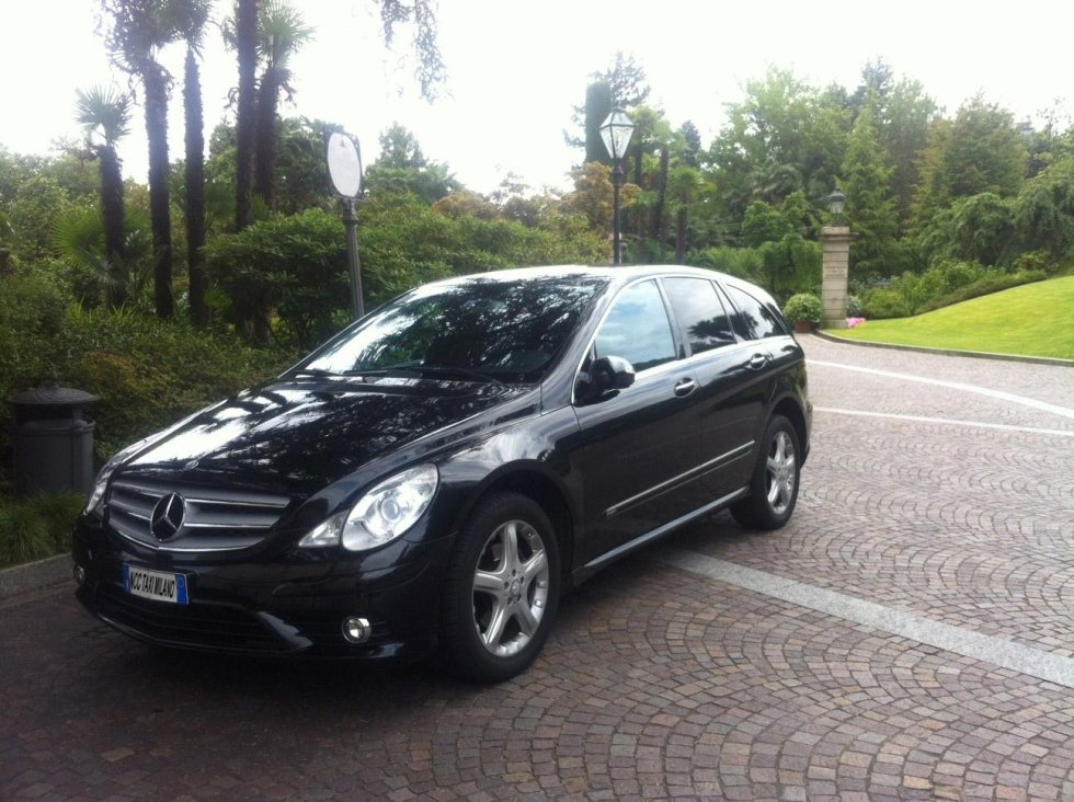 NCC TAXI MILANO from MASSIMO D'ORIA - Mercedes R-Class exterior