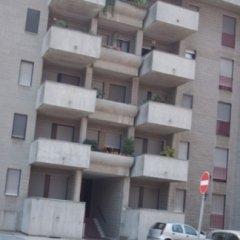 doppia camera, doppio balcone, ampio ripostiglio, cantina