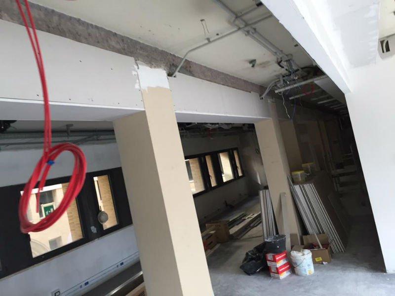 interno di uno stabile con dei lavori in corso