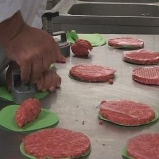 svizzera, cotoletta, preparazione hamburger