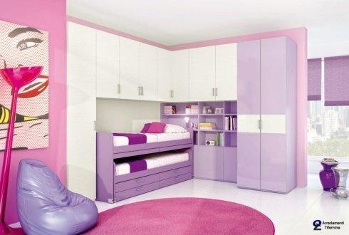 cameretta rosa, bianco e lilla