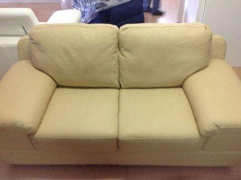 divano pelle 2 posti 189 cm: 790 euro